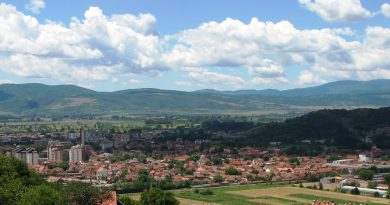Немного о сербских городах и задорная цыганская песенка